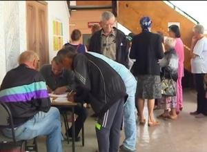ЛНР и ДНР начали выплаты пенсий и пособий беженцам в Ростовской области
