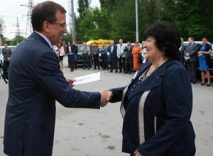 Автопарки ростовских поликлиник пополнили машины для кабинетов неотложной помощи