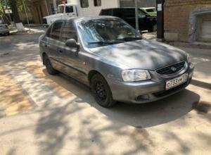Авточудаки, верхом на зебрах, возмутили ростовских пешеходов