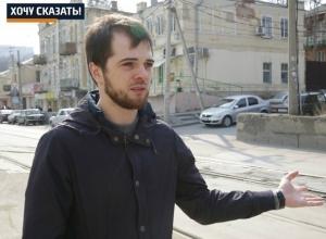 Полицейские наказывают ростовских водителей, вынужденных из-за ям выезжать на встречку, - Арби Муцольгов