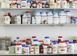 Продажу контрафактных лекарств для животных пресекли в Ростовской области