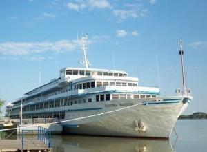 В будущем бывшего украинского лайнера «Генерал Ватутин» в Ростове наметился неожиданный поворот