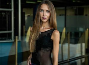 Нарастить грудь до пышной «троечки» мечтает  Екатерина Евсюкова