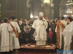 Православные христиане Ростовской области празднуют Рождество Христово