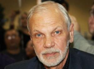 В прямом эфире на вопросы ответит генеральный директор НОУ «Имидж-центр» Михаил Степура