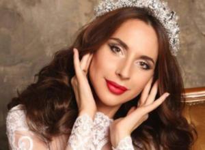 Получившая приглашение побороться за корону «Миссис Вселенная 2017»  ростовчанка взяла паузу на раздумья