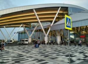 В аэропорту «Платов» посчитали счастливых пассажиров, у которых было лето