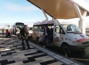 Маршрутки из Ростова-на-Дону до аэропорта «Платов» за ненужностью ездят полупустыми