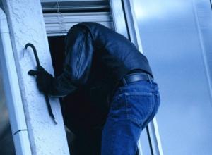 Ночной грабеж продуктового магазина в Ростовской области совершил 30-летний мужчина