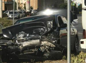 Серьезные травмы получил пассажир «неуступчивой» маршрутки в ДТП с иномаркой в Ростове