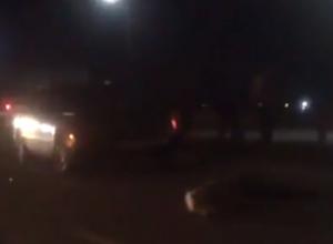 Страшная гибель женщины на вечерней трассе Ростова попала на видео