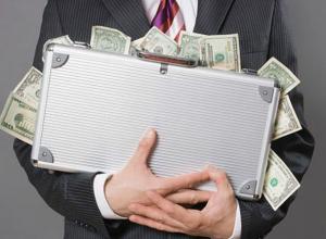 Безвозмездный кредит на 120 миллионов рублей помог получить директор банка жителю Ростова