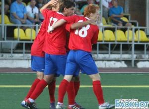 Футбольный клуб СКВО не сумел переиграть на своем поле крымский «Витязь»