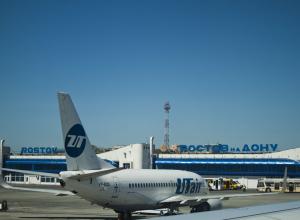 В аэропорту Ростова в самолете лопнул шланг гидросистемы