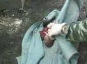 23-летняя жительница Шахт родила ребенка в ванной комнате, а потом убила его