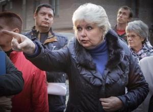 Мощный пинок в адрес строителей помог спасти загубленный проект благоустройства двора в Ростове
