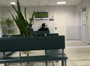 Долгими очередями пытается добить своих пациентов руководство городской больницы №2 в Ростове