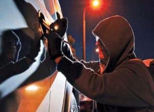 Бдительная девушка предостерегла жителей Ростова от автомобильных разбойников