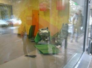 В Ростове-на-Дону преступники пытались украсть терминал из отделения Сбербанка