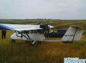 В Каменском районе совершил аварийную посадку легкомоторный самолет