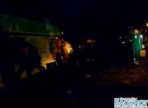 Автобус «Ростов-Москва» попал в ДТП: водитель врезался в грузовик, уснув за рулем