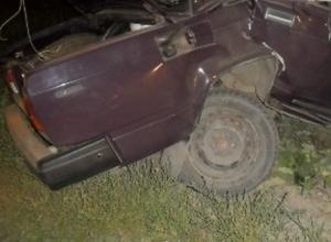 В Ростовской области в лобовом ДТП погибли супруги-пенсионеры, пострадал их 14-летний внук