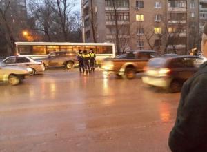 В Ростове на Шеболдаева женщину-пешехода переехали дважды