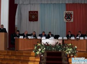 Замминистра МВД провел в Ростовской области совещание по убийству полицейских