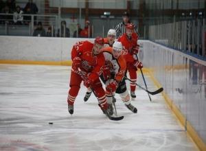 ХК «Ростов» одержал победу с перевесом в одно очко над «Спутником»