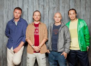 Сборник «Лучшие песни» ростовской группы «Каста» возглавил чарт российского iTunes