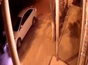 Устроившие дикую ночь жильцам многоэтажки хулиганы-закладчики в Ростове попали на видео