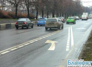 В Ростове камеры зафиксируют автомобилистов, выезжающих на полосы для общественно транспорта