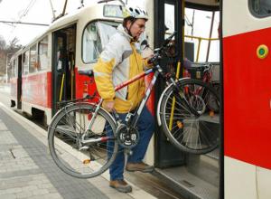 Бесплатно провозить велосипеды в трамваях разрешили жителям Ростова