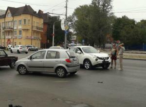 ДТП на стадионе «Локомотив» стало причиной утренних пробок на Стачки