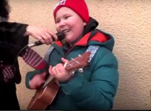 Интернет-звезда рэпер Вить'ОК дал концерт в Ростове ради голодных котов