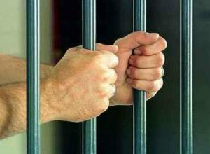 Обвиненного во взяточничестве подполковника оставили под стражей в Ростове