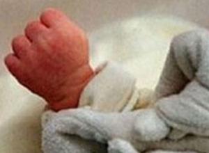 На Дону в выгребной яме общественного туалета на автовокзале нашли новорожденного младенца