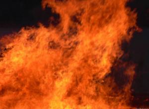В Ростове горит газонаполнительная станция: есть угроза взрыва. ВИДЕО