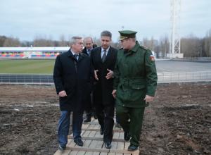 Замминистра обороны России и донской губернатор осмотрели микрорайон Суворовский Ростова