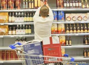 Алкоголь хотят убрать с прилавков российских магазинов вслед за сигаретами