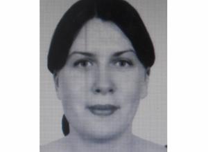Рыжеволосую молодую женщину ищут в Ростовской области