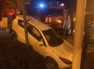 В Ростовской области пожарная машина, ехавшая на вызов, протаранила иномарку