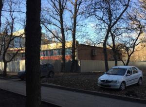 Обрушением домов старого фонда на головы жильцов грозит ростовчанам возведение 24-этажки в Западном микрорайоне Ростова