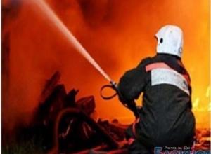 В Ростовской области сгорел склад с канцтоварами