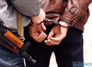 В Ростове пьяный охранник устроил стрельбу в маршрутке: есть пострадавшие