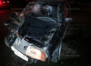 В Волгодонске пьяная молодежь устроила ДТП с тремя машинами