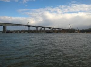 В Ростове Ворошиловский мост начнут разбирать со среднего подвесного пролета