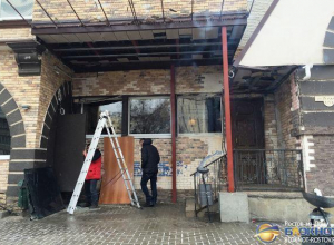 В Ростове возбуждено уголовное дело по факту обстрела кафе «Старинные часы»