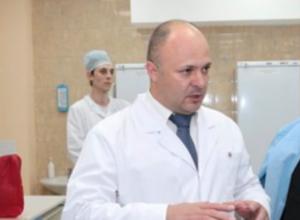 В Ростове в дом директора городского онкологического института бросили гранату