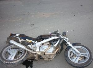 26-летняя пассажирка мотоцикла погибла в ДТП под Ростовом